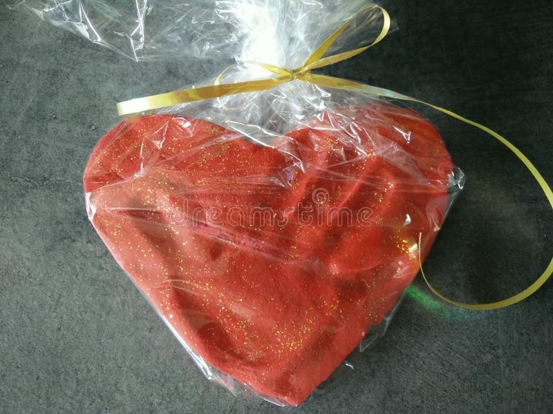 Coeur de serce de main d'amour image stock