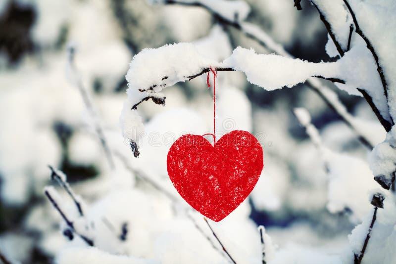 Coeur de textile accroché image stock