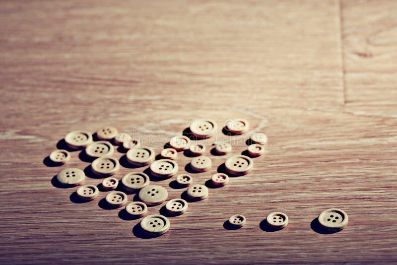 Coeur de Valentine des boutons image stock