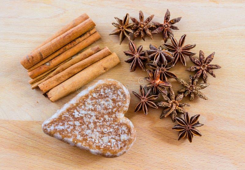 Coeur des biscuits images stock