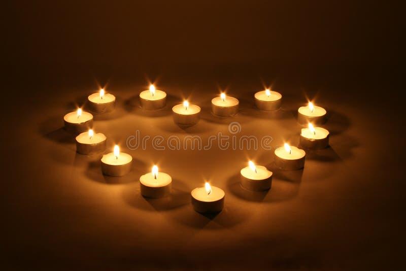 Coeur des bougies image libre de droits