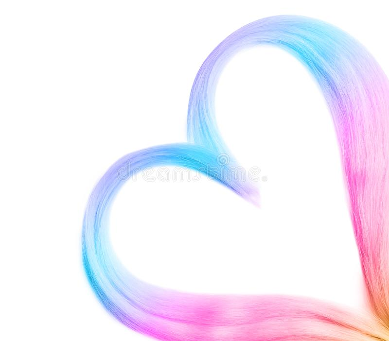 Coeur des cheveux teints colorés sur le fond blanc image libre de droits
