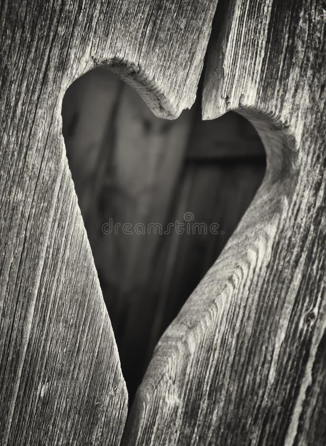 Coeur en bois images libres de droits