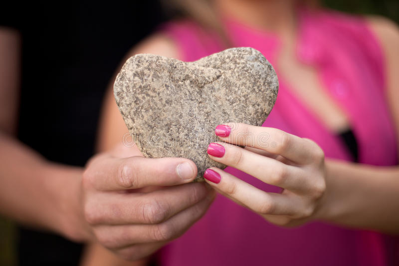 Coeur en pierre photographie stock