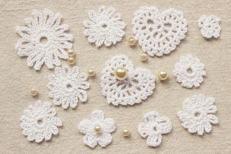 coeur et dentelle de crochet photo stock image du lacet l ment 65170264. Black Bedroom Furniture Sets. Home Design Ideas