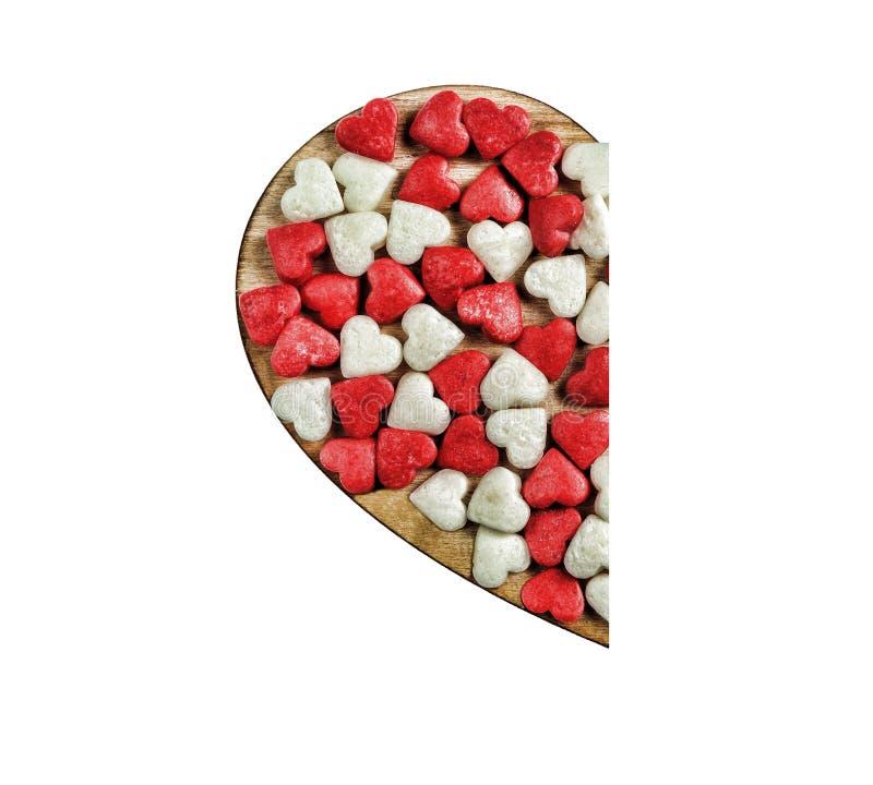 Coeur fait de caramel d'isolement sur le fond blanc Concept : Jour du ` s de Valentine photographie stock libre de droits