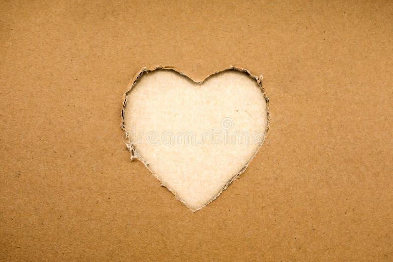 Coeur fait de carton (le thème pour la Saint-Valentin) photographie stock
