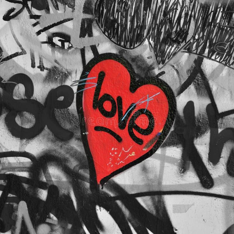 Coeur peint rouge photographie stock