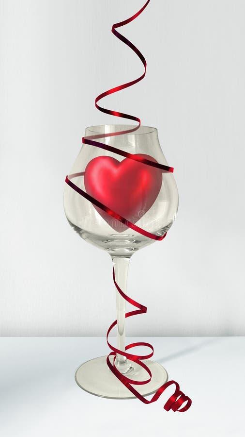 Coeur rouge de valentines en verre de vin avec le ruban photographie stock libre de droits