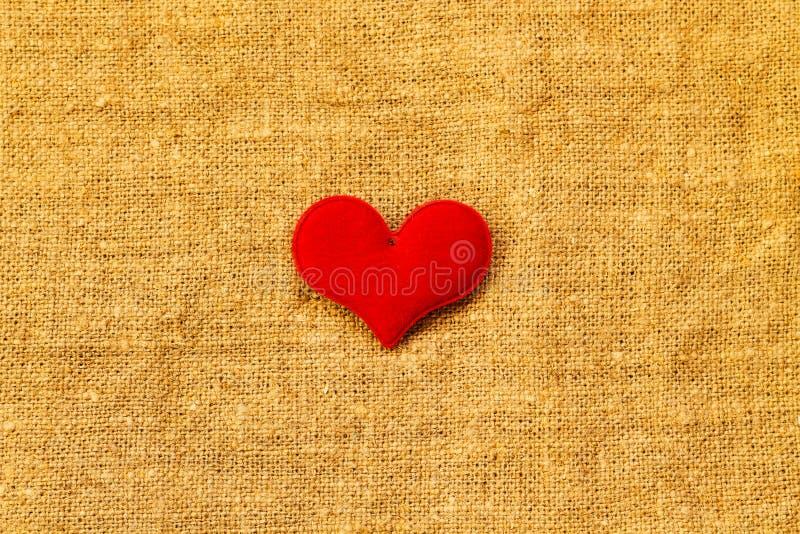 Coeur rouge un jour du ` s de St Valentine de fond de turquoise photographie stock libre de droits