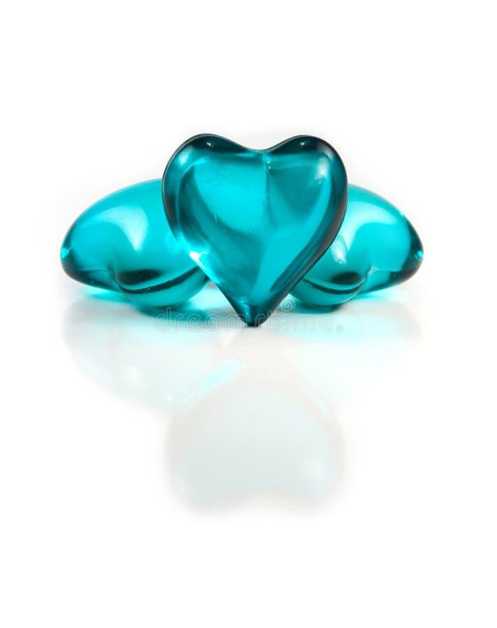 Coeurs en verre bleus photos stock