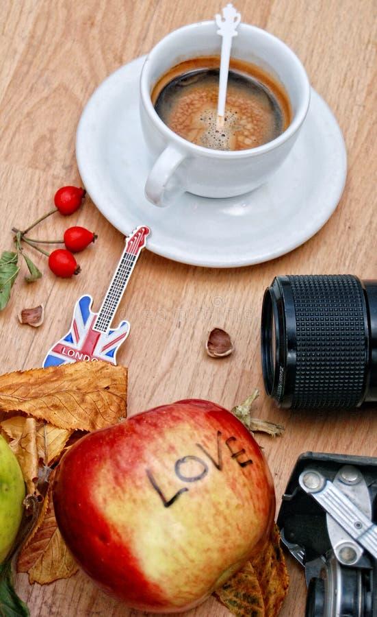 Cofee d'automne à Londres images libres de droits