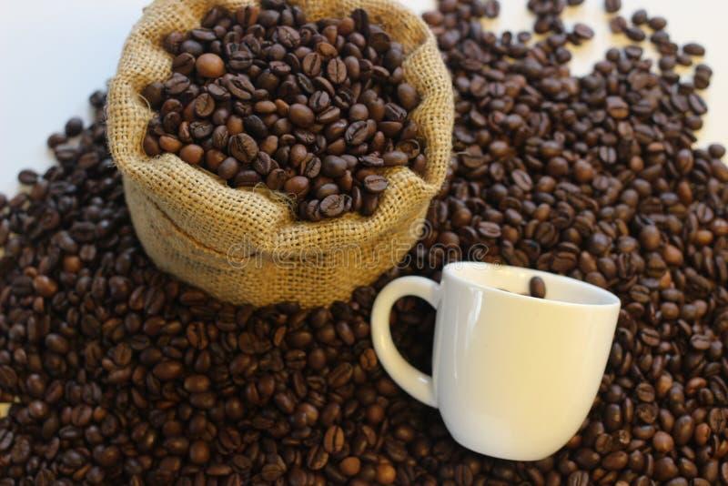 Coffe大型书本、时刻的coffe,咖啡休息、了不起的时间一起和咖啡,可爱的时间用咖啡 免版税库存照片