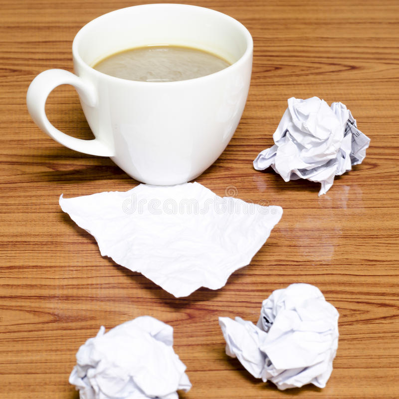 Free Coffee Cup And Crumpled Royalty Free Stock Images - 41368449