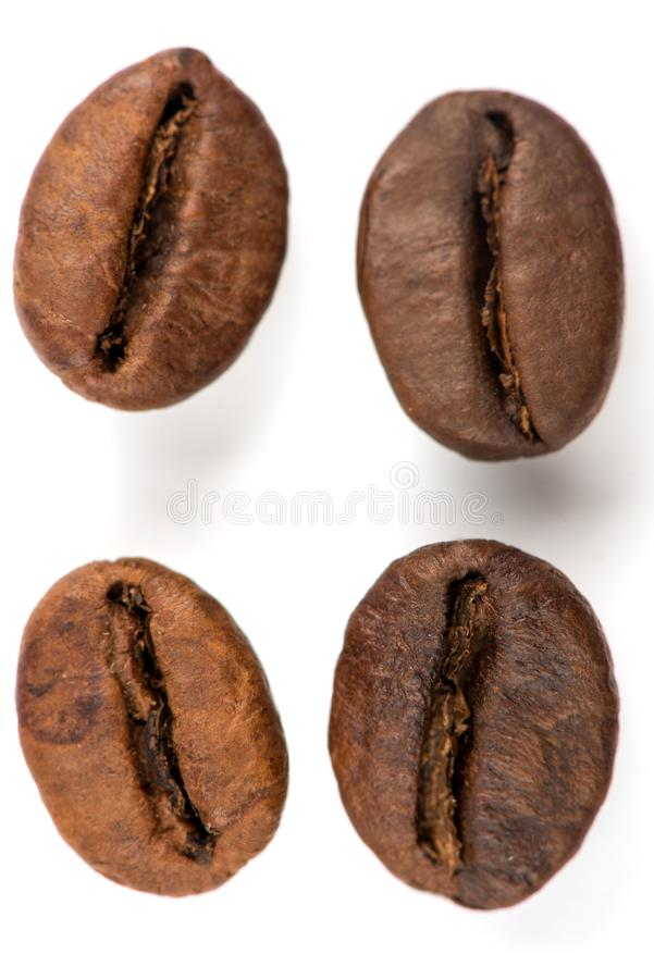 Free Coffee Grains On A White Background, Fried Coffee Beans Royalty Free Stock Photos - 122489828
