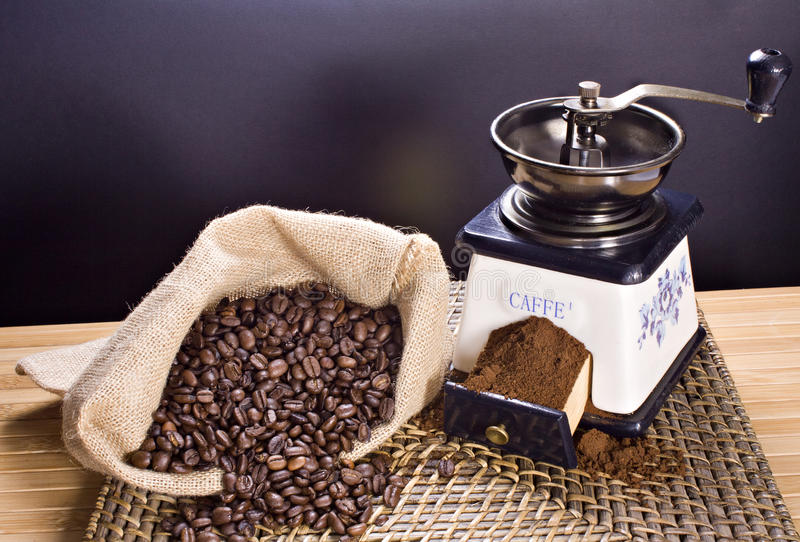 Download Coffee Grinder And Roasted Coffee Beans Stock Image - Image: 22418579