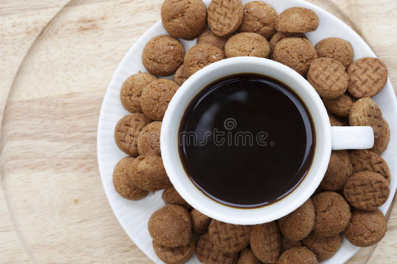 Coffee and kruidnoten royalty free stock images