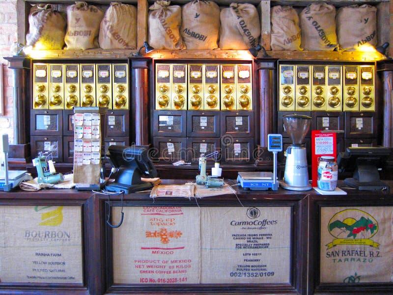 Coffee shop Lviv Ukraina fotografering för bildbyråer
