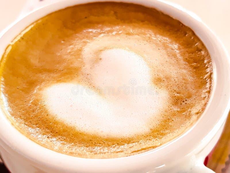 Coffeecup z pianą obraz royalty free