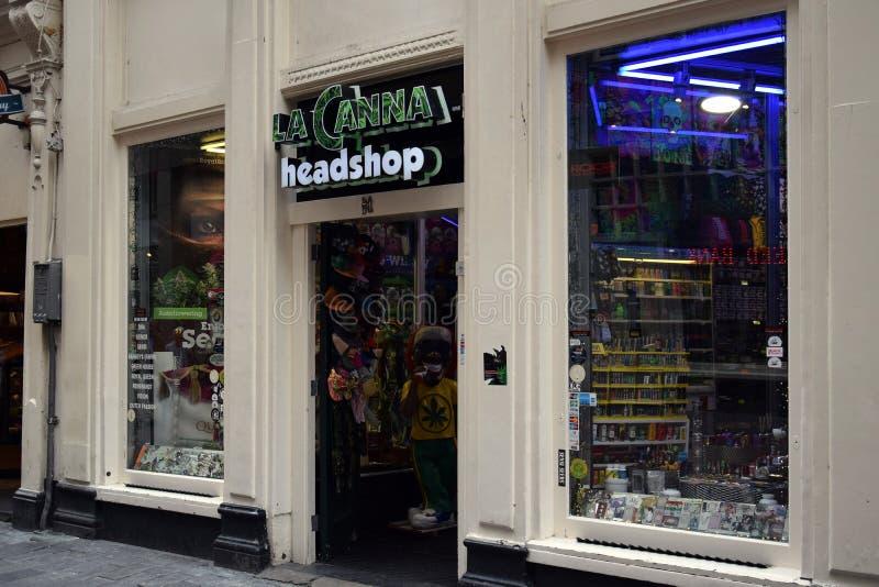 Coffeeshop στο κέντρο της πόλης του Άμστερνταμ στοκ φωτογραφία