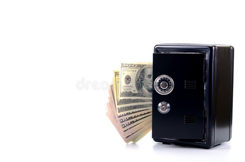 Cofre forte de aço com dinheiro, conceito da economia do dinheiro foto de stock