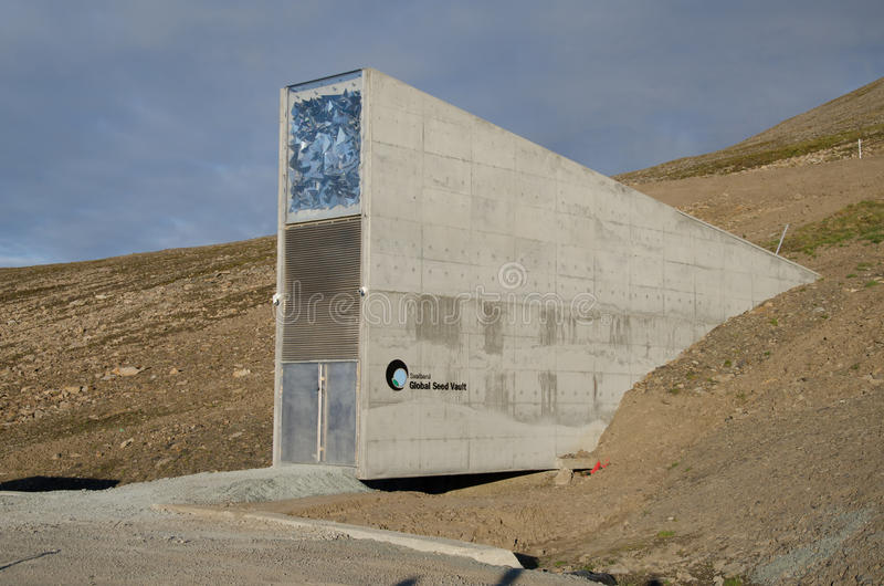 Cofre-forte global Svalbard Noruega da semente fotos de stock royalty free
