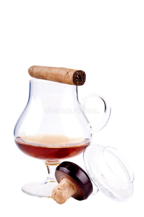 Cognac e sigaro fotografia stock libera da diritti