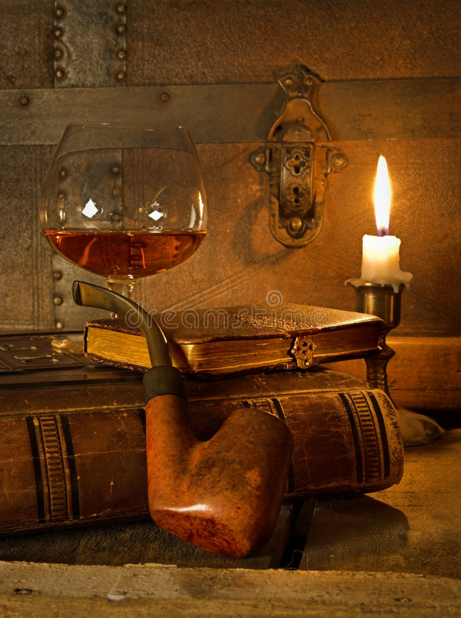 Cognac et pipe photo stock