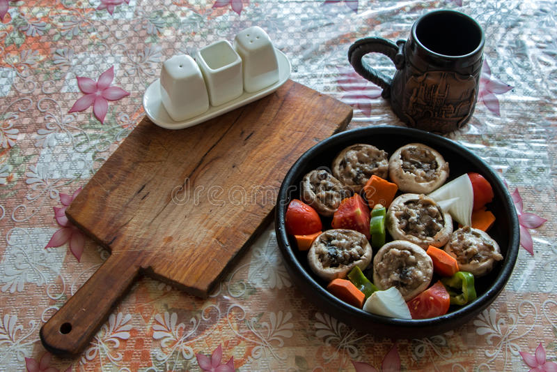 Cogumelos enchidos foto de stock