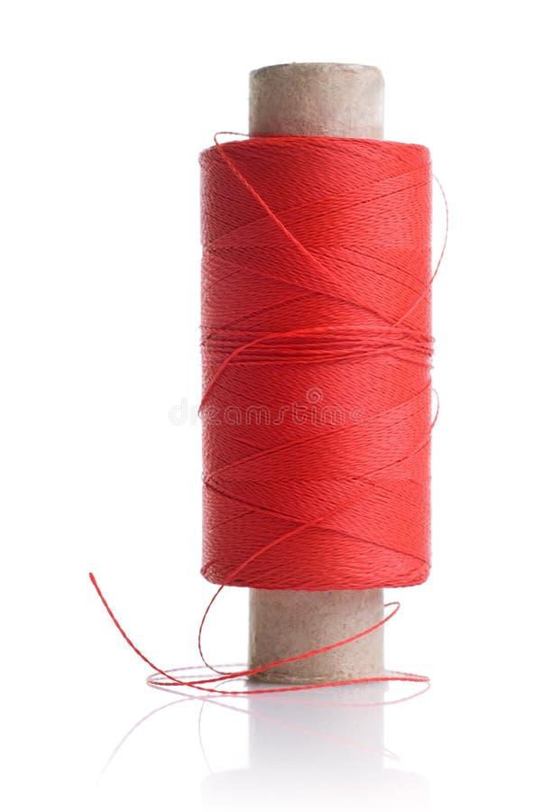 coil isolerad röd tråd royaltyfri fotografi