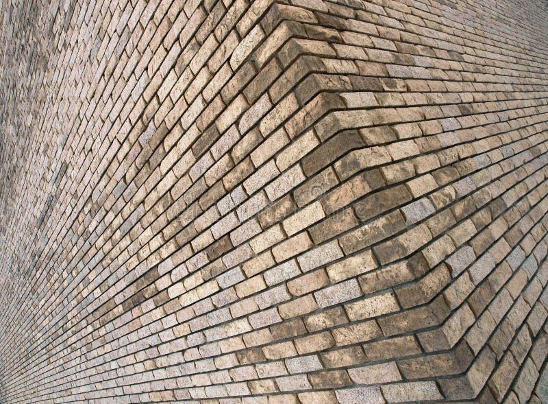 Coin d'un vieil immeuble de brique image stock