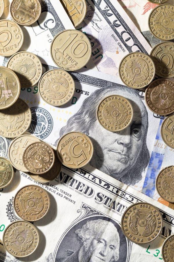 coins dollar arkivbilder