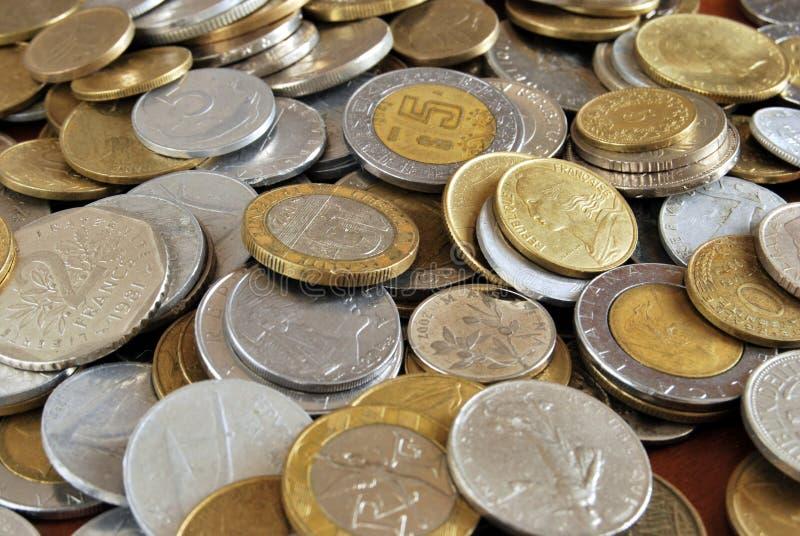 coins världen royaltyfria bilder
