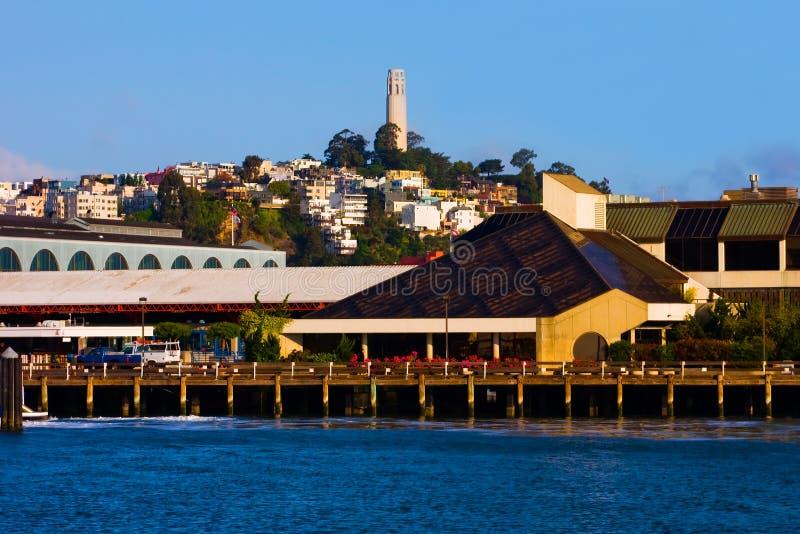 Coit Kontrollturm in San Francisco lizenzfreie stockbilder