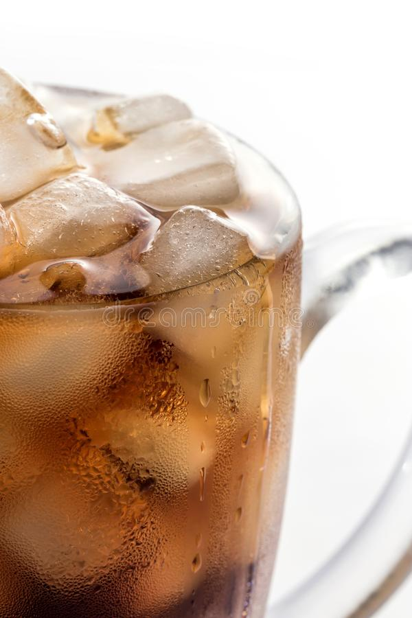 Coke et glace dans un verre image libre de droits