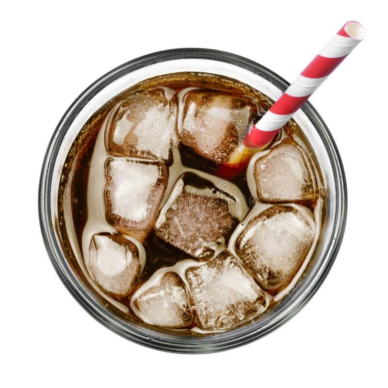 Cola con hielo y paja de beber imagen de archivo