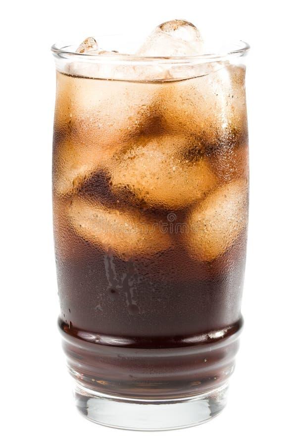 Cola fizzy fredda con ghiaccio fotografia stock libera da diritti