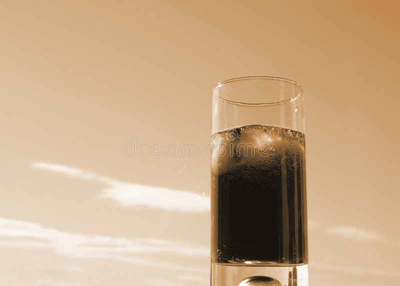 Download Cola On Ice Royalty Free Stock Images - Image: 511259