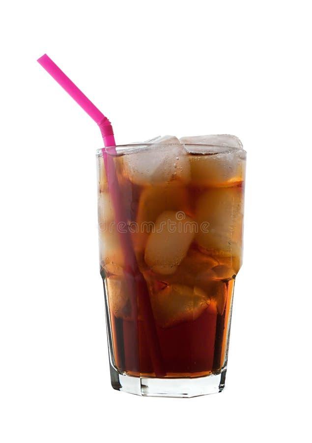 Cola isolada com gelo, palha fotografia de stock