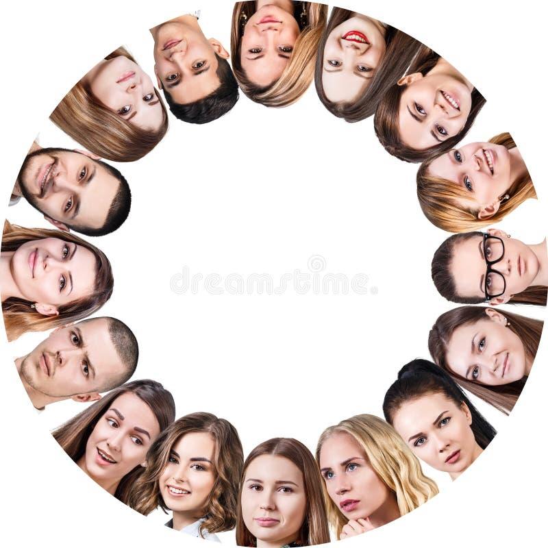 Colagem de povos diferentes no círculo imagens de stock