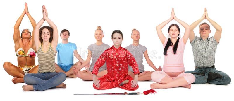 Colagem do grupo da ioga dos povos fotografia de stock royalty free