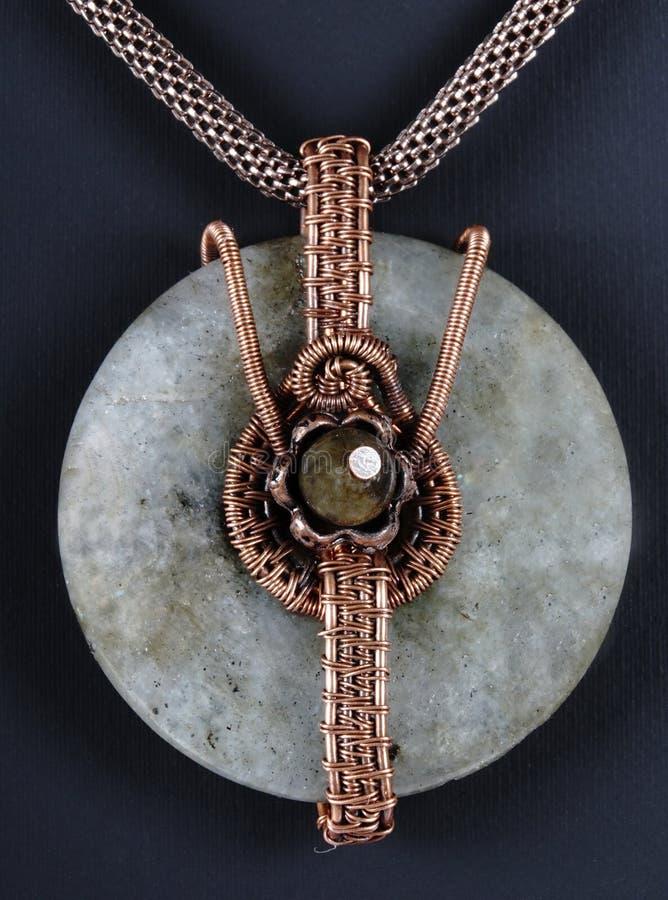 Colar de cobre da joia do vintage foto de stock royalty free