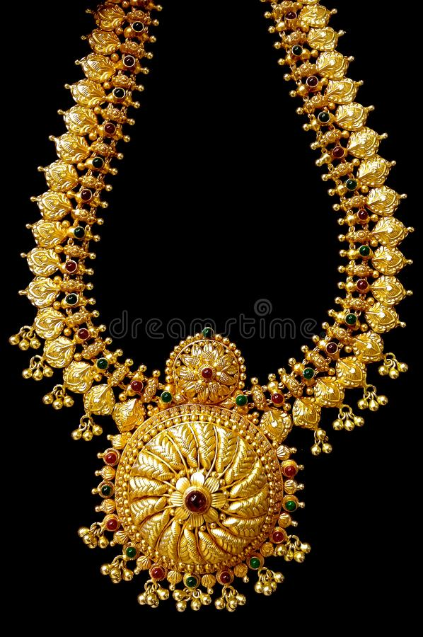 Colar do ouro foto de stock royalty free