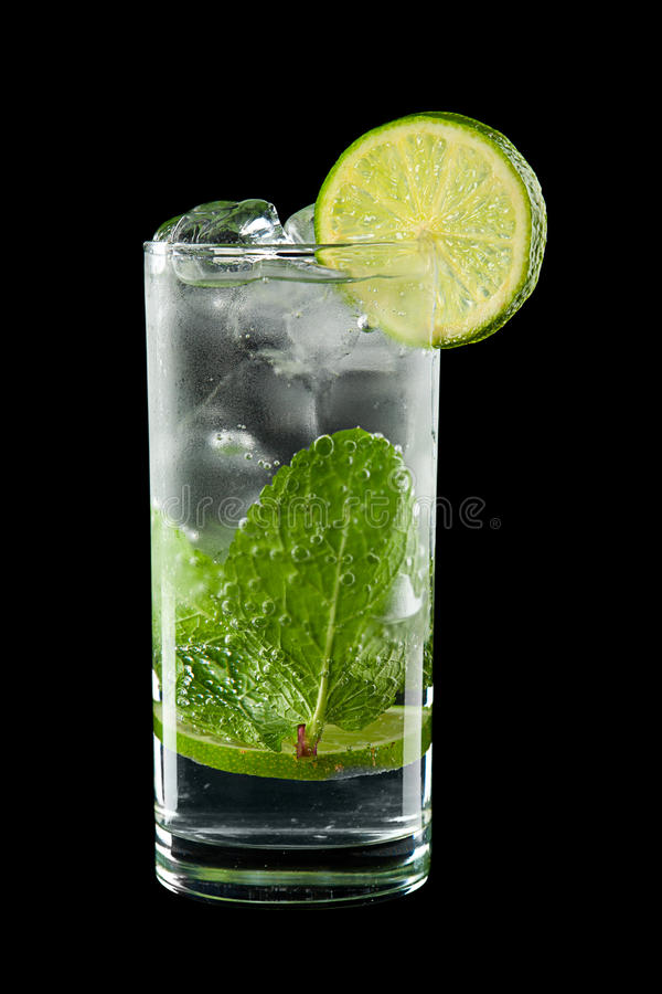 Download Cold alcoholic cocktail stock image. Image of spearmint - 25168851