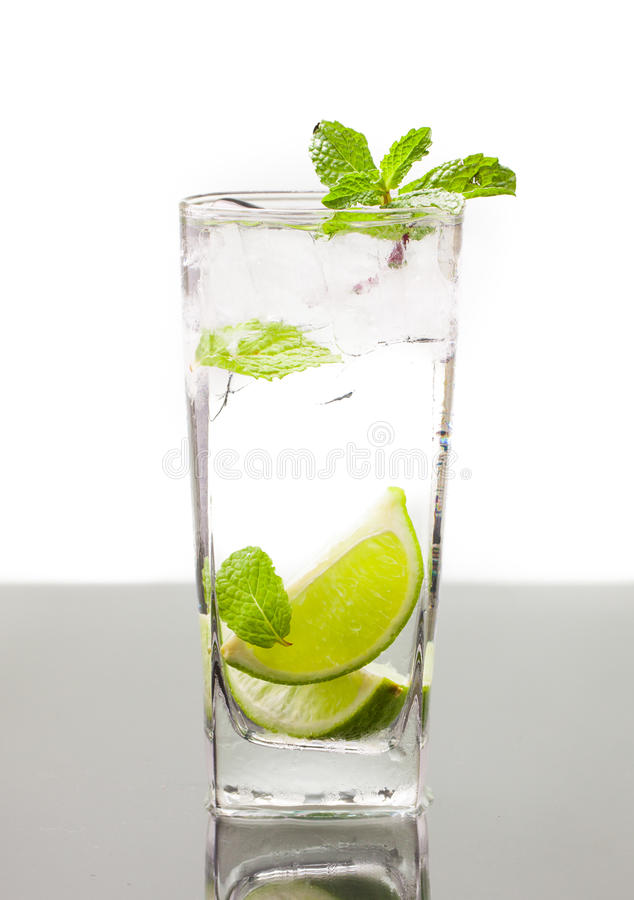 Free Cold Alcoholic Drink Stock Image - 25077521