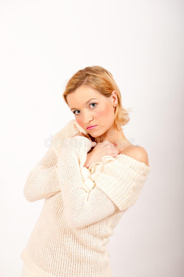 Cold Winter Woman In White Knit Clothes Royalty Free Stock Photos