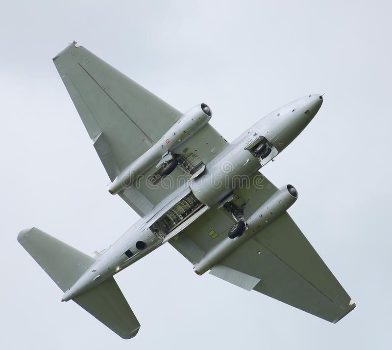 Cold war jet aircraft Canberra PR9 with bomb bay doors open. & Cold War Jet Aircraft Canberra Stock Photo - Image of historic ...