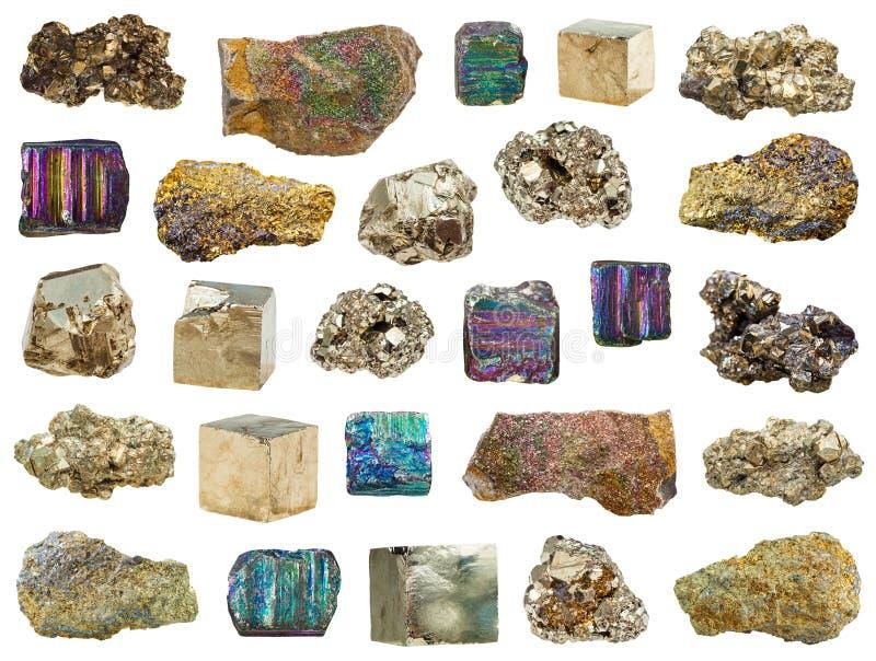 Coleção das várias pedras da pirite de ferro isoladas fotos de stock royalty free