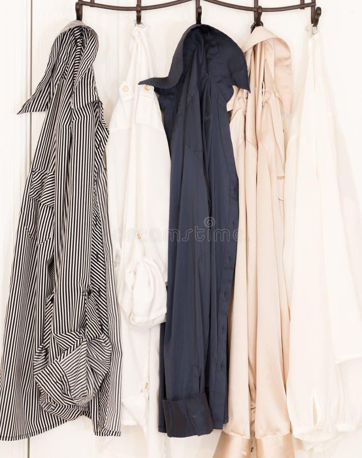 Coleção de camisas longas da luva do ` s das mulheres fotos de stock royalty free
