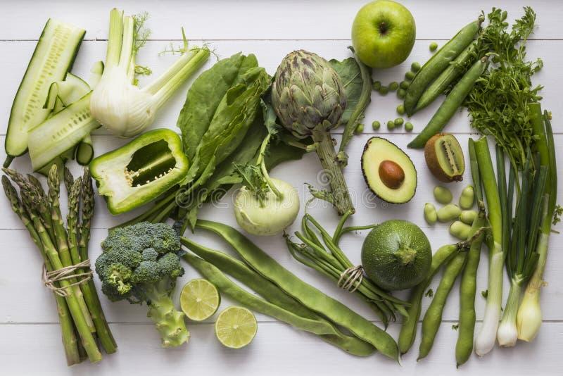 Coleção de ingredientes verdes das frutas e legumes imagens de stock royalty free